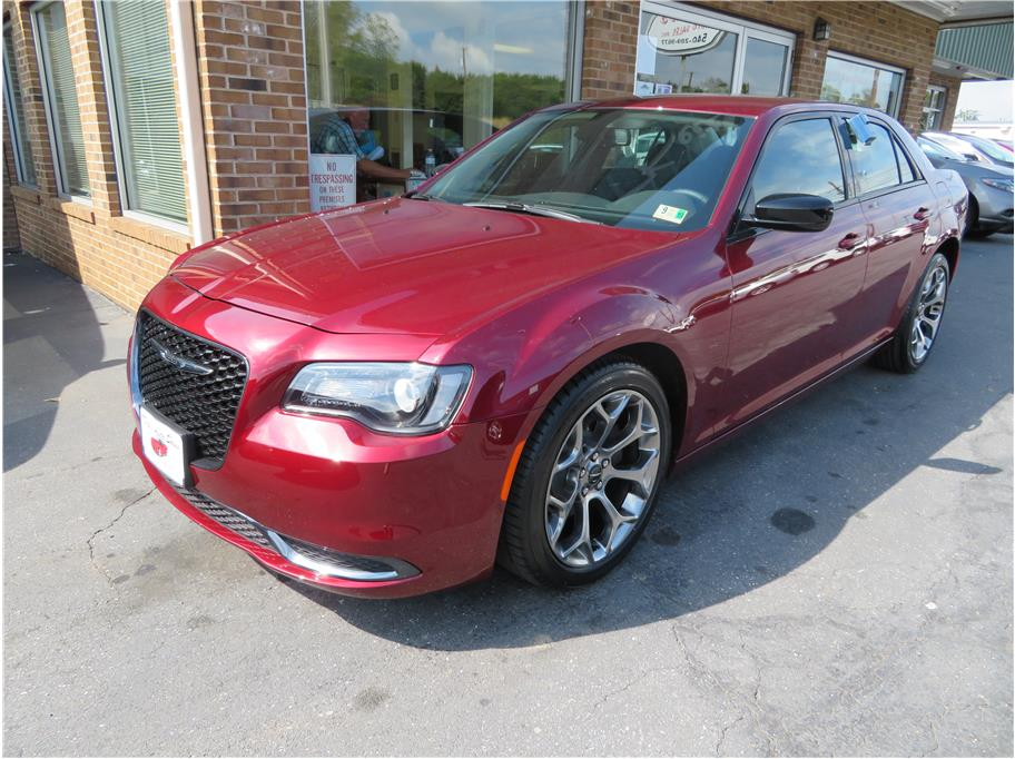 2018 Chrysler 300 from Keith's Auto Sales