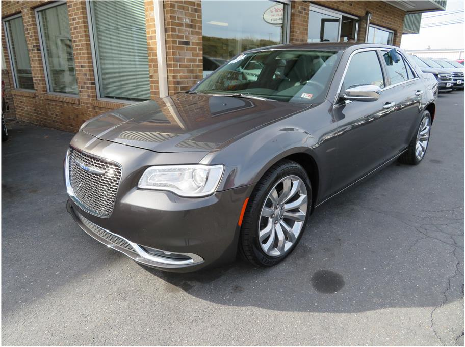 2019 Chrysler 300 from Keith's Auto Sales