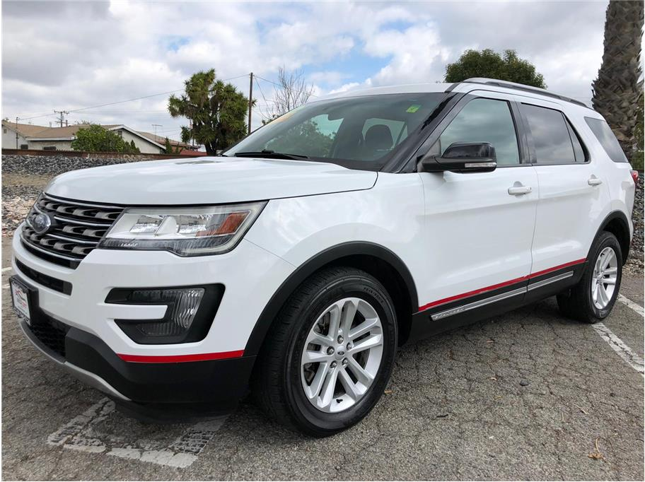 2016 Ford Explorer from SoCalCars Inc