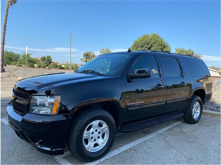 2013 Chevrolet Suburban 1500 from SoCalCars Inc