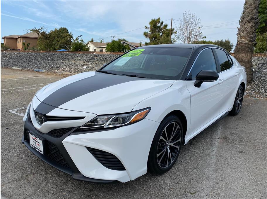 2019 Toyota Camry from SoCalCars Inc