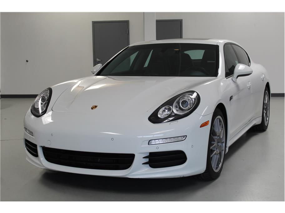 2014 Porsche Panamera from MAG Auto Group Inc.