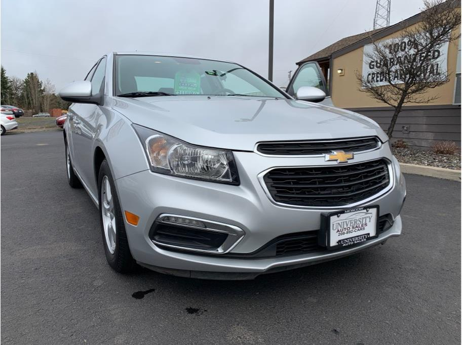 2015 Chevrolet Cruze from University Auto Sales of Moscow