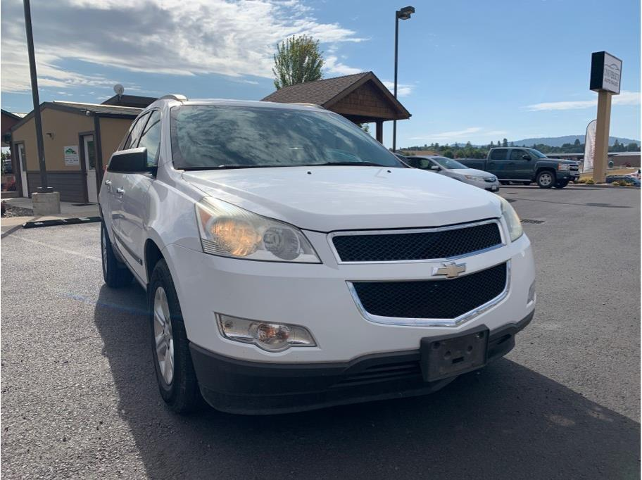 2009 Chevrolet Traverse from University Auto Sales of Moscow